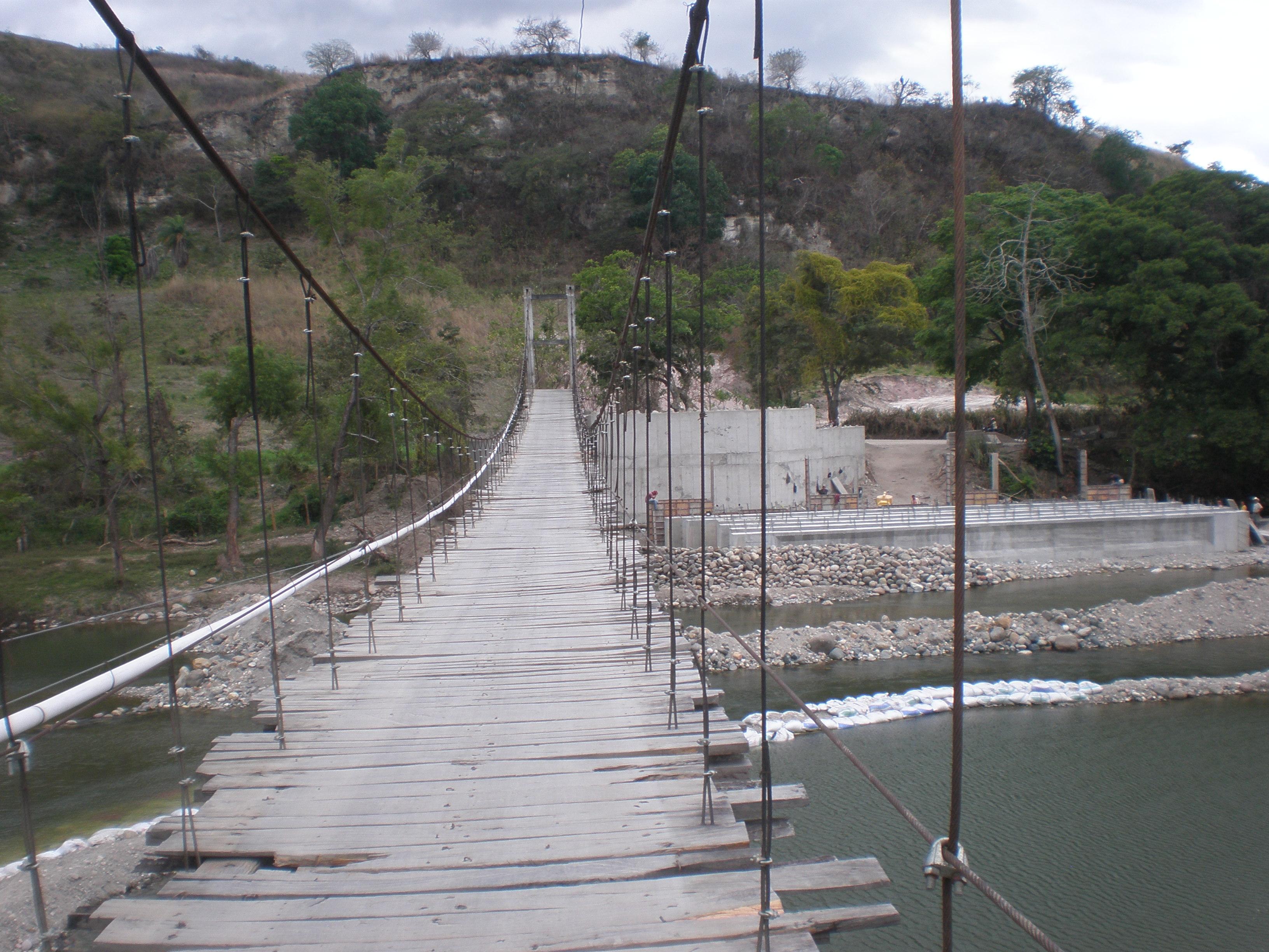 A dangerous Central American borrower visit - Santiago Cortes, Honduras
